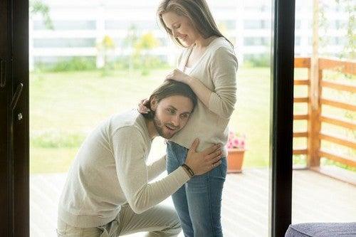 Rozmowa z dzieckiem podczas ciąży – jakie ma znaczenie?