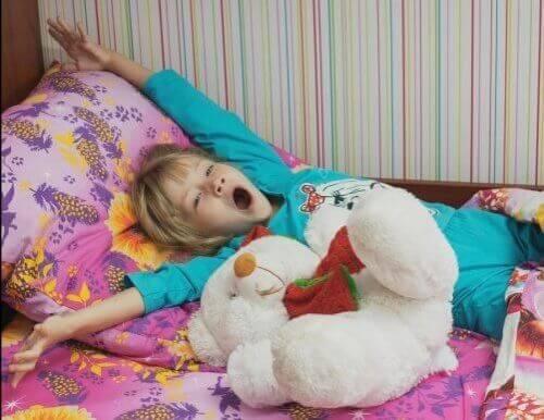 Piżamy dla dzieci: 5 rodzajów, które warto wypróbować!