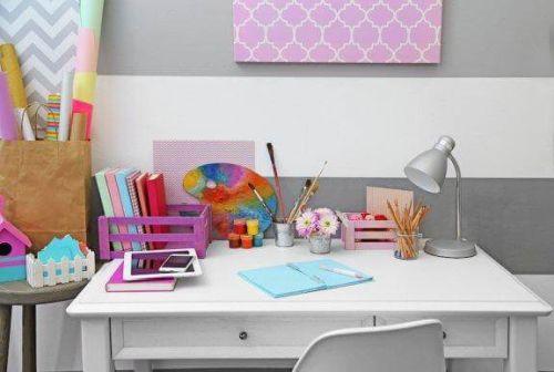 Biurko dla dziecka: 10 pomysłów na jego organizację