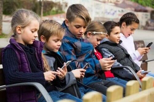 Choroby technologiczne u dzieci: co warto o nich wiedzieć?