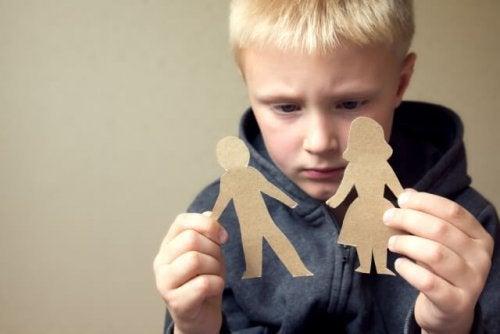 Negatywny wpływ rozwodu rodziców na dziecko