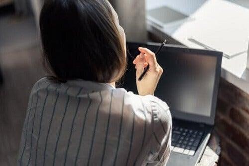 Powrót do pracy po urlopie macierzyńskim – poznaj kilka wskazówek!
