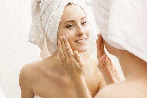 Nawilżenie skóry: zachowaj piękno stosując 6 trików