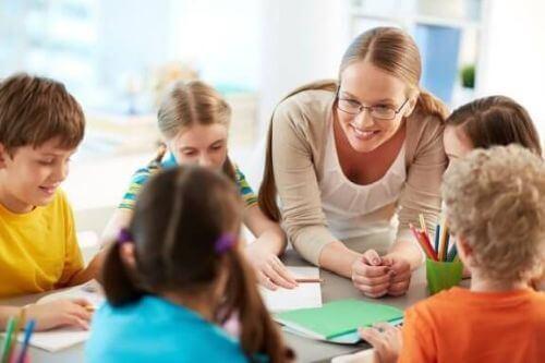 Brak szacunku dla nauczycieli? Przykład idzie z domu