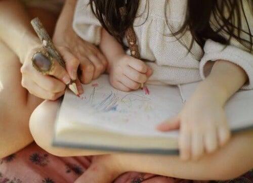Techniki uczenia się często wykorzystują kreatywność.