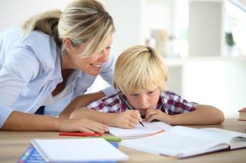 Metoda Kaizen pozwoli Ci skutecznie zorganizować odrabianie lekcji dziecka.