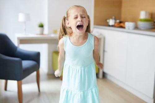 Niespokojne dzieci: co możemy zrobić, jeśli zdradzają takie cechy zachowania?