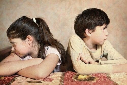 Dzieci walczą cały czas - co powinni zrobić rodzice?