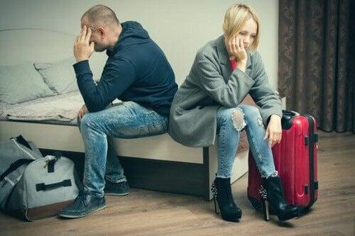 Rozstanie z partnerem: poznaj jego poszczególne etapy i skutki
