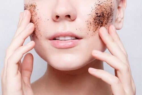 Złuszczenia skóry naturalnymi środkami