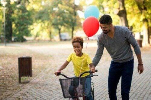 Nagradzanie dziecka za dobre oceny: poznaj jego plusy i minusy