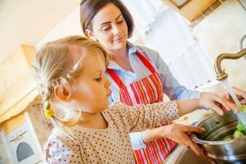 Jak zająć dziecko w kuchni?
