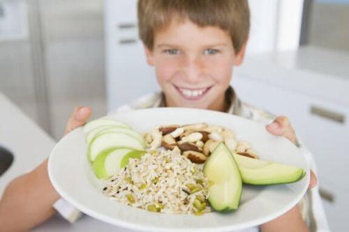 Czy odżywianie wpływa na wyniki w szkole? Poznaj odpowiedź na to pytanie!