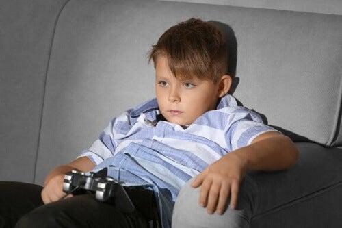 Siedzący tryb życia u dziecka - czy wiesz, jak możesz mu zapobiegać?