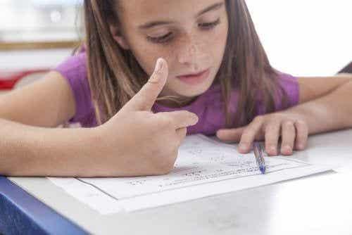 Dyskalkulia u dzieci i jej podstawowe objawy - poznaj je!