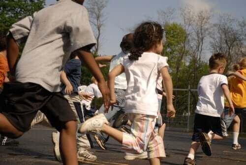 Czy karanie dzieci odbieraniem przerwy w szkole jest dozwolone?