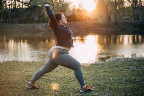 Pozycje jogi poprawiające płodność: 6 ożywczych asanów