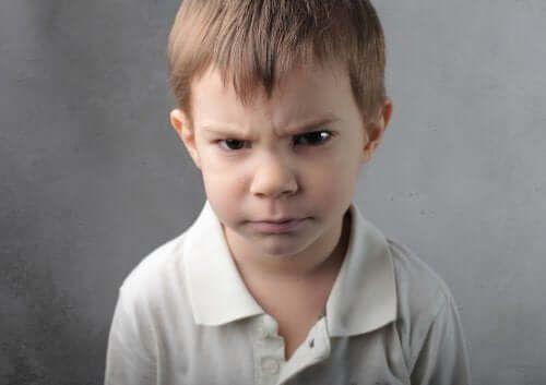 Co robić, gdy dzieci się złoszczą z byle powodu?