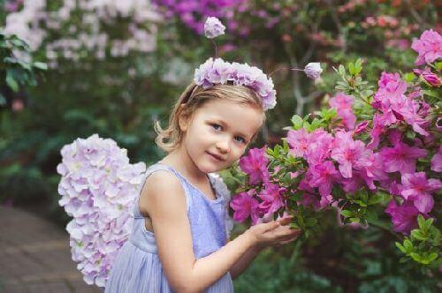 Jak zrobić wianki z kwiatów dla dziewcząt?