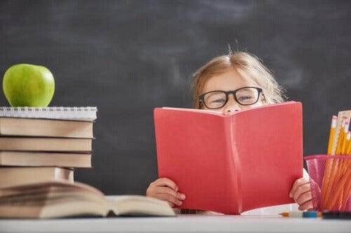 Książki o nauce dla dzieci: 4 świetne pozycje