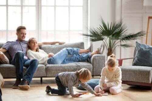Koronawirus: wskazówki dla rodziców podczas kwarantanny