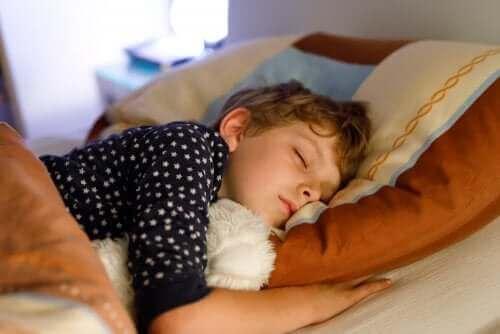 Wieczorna rutyna i jej znaczenie dla dziecka