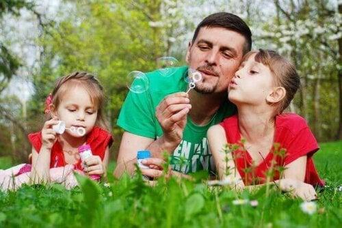 Dzieci z tatą