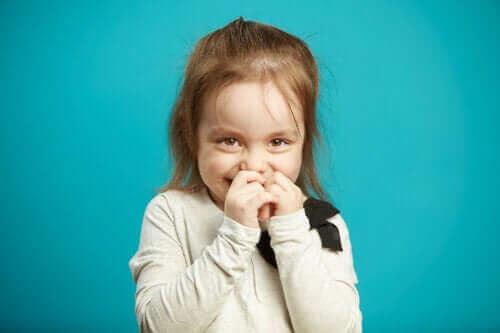 Wstyd u dzieci - jak się rozwija?
