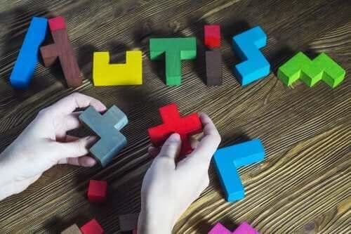 Jak wygląda kształcenie dzieci z autyzmem?