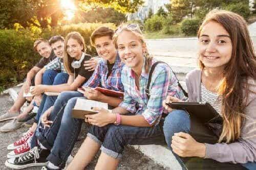 Dlaczego młodzi ludzie są tak podatni na wpływy?