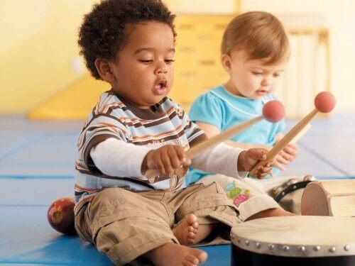 Muzyka - jak pobudzić proces twórczy twojego dziecka