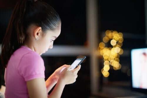 Dostęp do Internetu dla dzieci - jak go kontrolować?