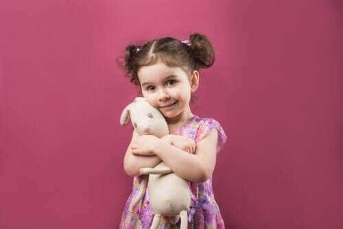 Obiekty przejściowe: zabawki, bez których dziecko nie może się obejść