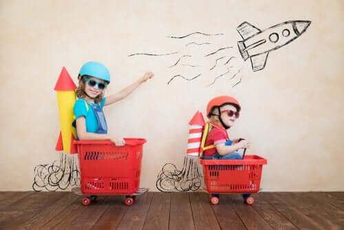 Poznaj związek między nudą a kreatywnością
