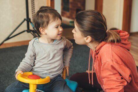 Rozwój mowy u 2-latka - dwuletnie dziecko