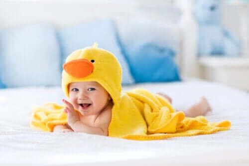 Akcesoria do kąpieli dla niemowląt ułatwiające wieczorny rytuał