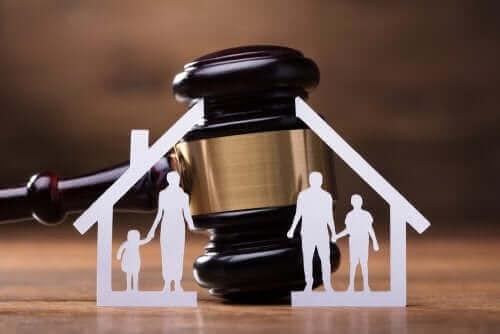 Środki tymczasowe - regulacje podczas rozprawy rozwodowej