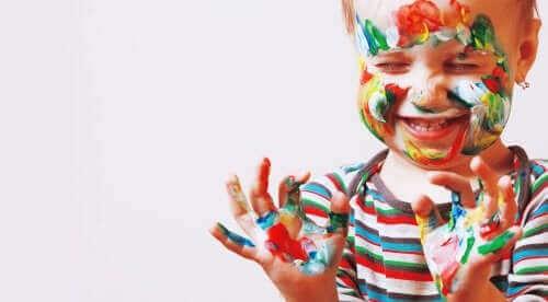 Jak rozwijać talent artystyczny u dziecka?