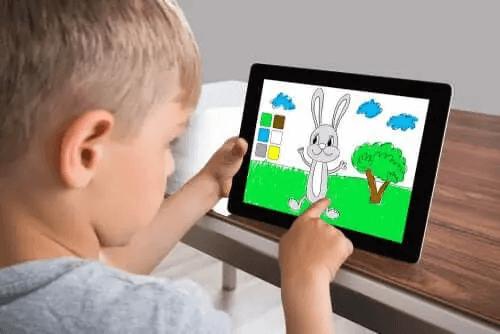 Aplikacje do rysowania i kolorowania dla dzieci - poznaj je!