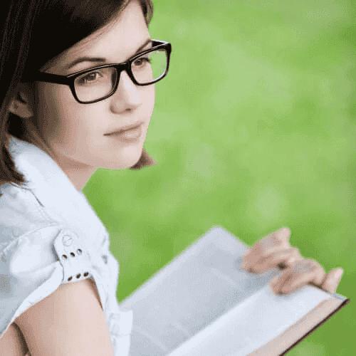 Książki dla nastolatków pełne tajemnic i zagadek