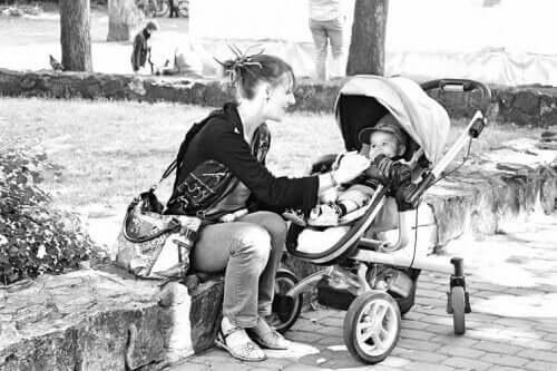 Pierwsze dziecko i lawina dobrych rad ze wszystkich stron