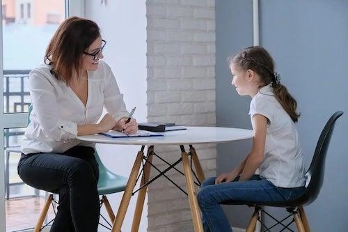 Psycholog z dzieckiem