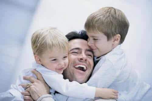 Tata z synami - pokora i jej znaczenie
