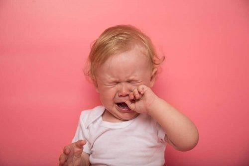 Ząbkowanie u dziecka i jego typowe objawy