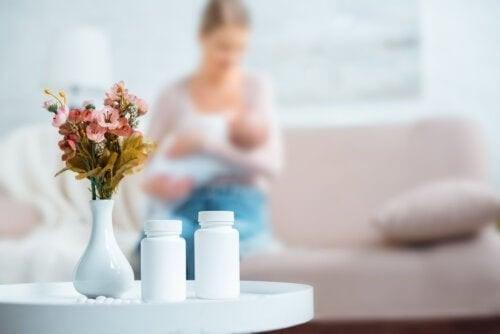 Karmienie piersią i antybiotyki: co powinnaś wiedzieć?