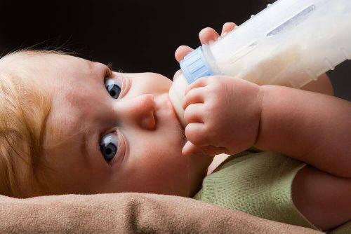 Jak wybrać mleko modyfikowane? Oto kilka porad!