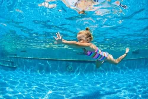Jaka jest najlepsza dyscyplina sportu, która zadba o plecy dzieci?