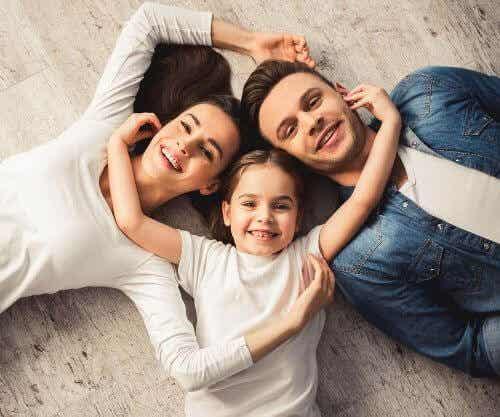 Jak wzmocnić więzi rodzinne w czasach kryzysu?