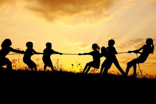 Letnie gry i zabawy dla dzieci - poznaj najlepsze z nich!