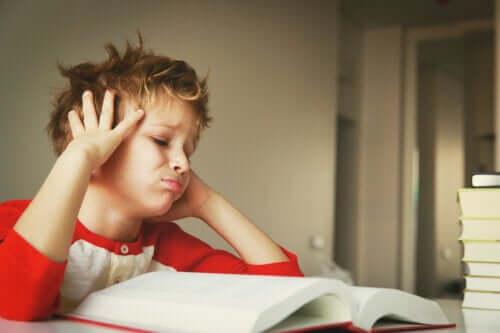 Jak motywować dzieci, które tracą zainteresowanie nauką?